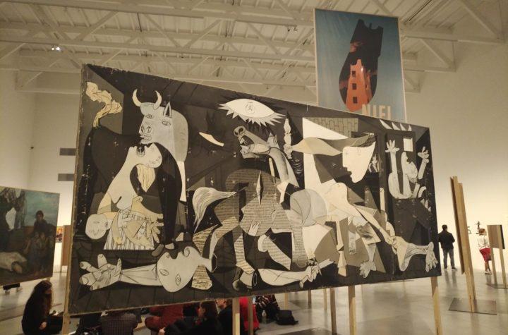 Nigdy więcej. Sztuka przeciw wojnie i faszyzmowi w XX i XXI wieku
