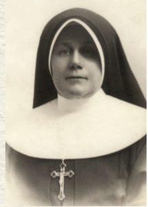 Matka Getter w stroju Rodziny Maryi, 1919 r.