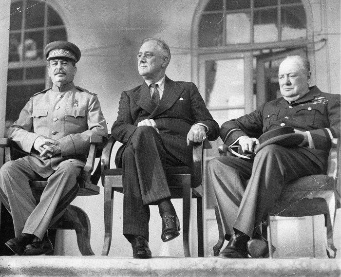 Wielka trójka na koferencji w Teheranie 1943